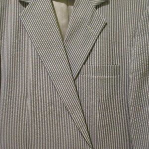 Haggar Men's Blue Seersucker Suit - Sz 46L - 36x32